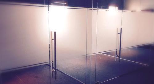 window tinting kelowna - decorative and privacy film